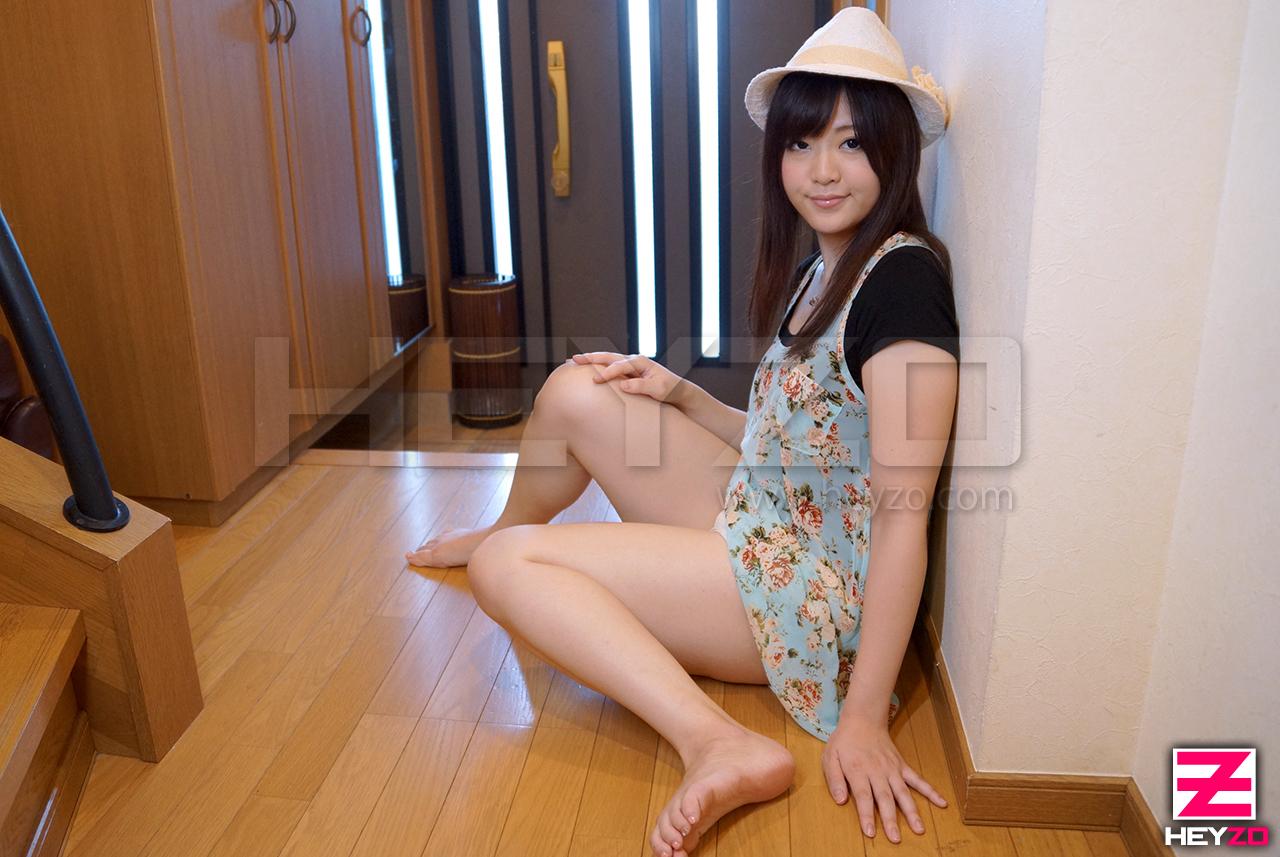 浴衣が似合う純和風美少女に連続生中出し